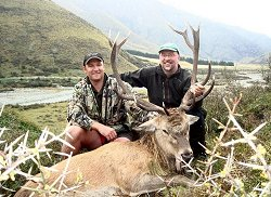 New Zealand Safaris trophy red stag and Himalayan bull tahr hunting trip